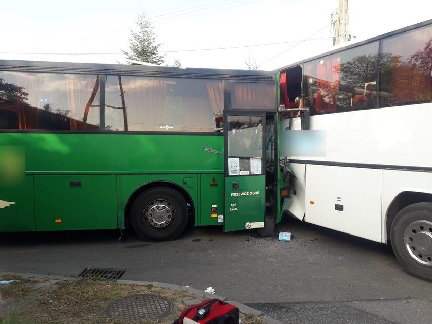 Zderzenie szkolnych autobusów na Śląsku