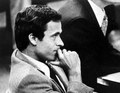 """Netflix apeluje, aby przestać nazywać Teda Bundy'ego """"przystojnym"""""""