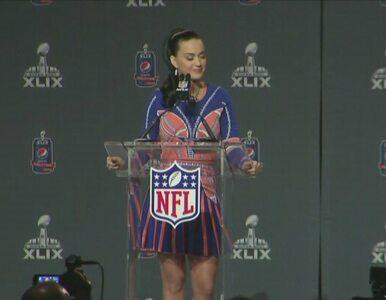 Lew i rekiny na scenie. Katy Perry w przerwie Super Bowl 2015