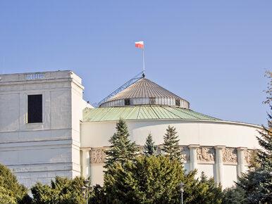 Sejm zdecydował. Projekt antyszczepionkowców trafi do komisji