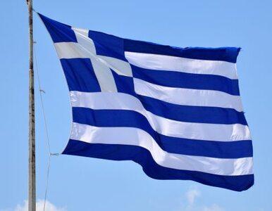 """""""Grecki rząd redukował liczbę funkcjonariuszy, a innych wpuszczał przez..."""