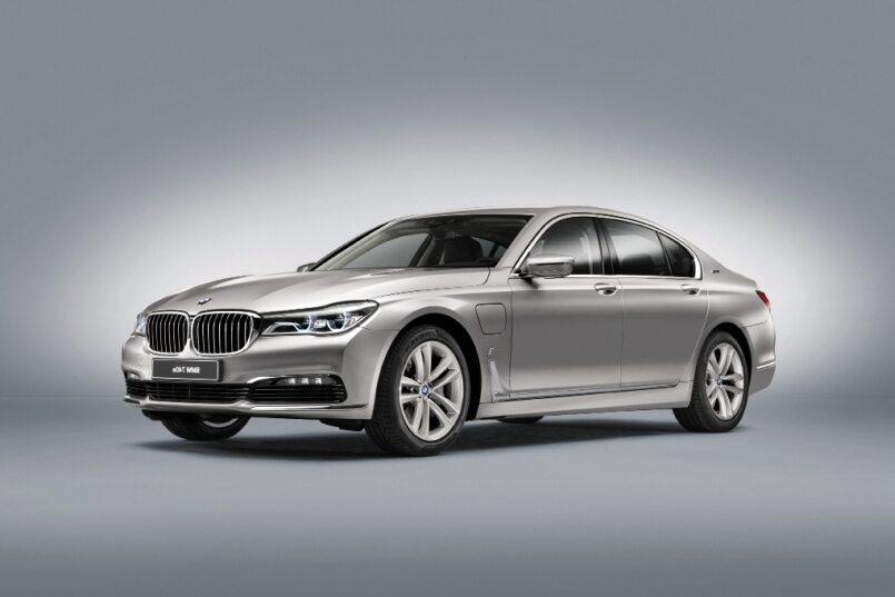 BMW włącza iPerformance