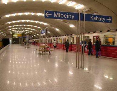 Warszawa: Awaria metra. Zepsuła się zwrotnica