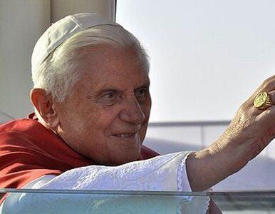 Benedykt XVI: niewierzącym brak jest nadziei