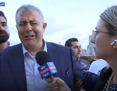 """Gubernator Bejrutu płakał wśród dziennikarzy. Wybuch """"podobny do tego z..."""