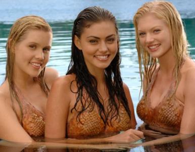 """Obsada serialu """"H2O, wystarczy kropla"""" kiedyś i dziś. Jak się zmienili?"""