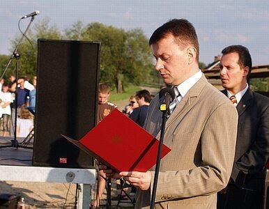 Błaszczak chce konkursu na formę upamiętnienia ofiar katastrofy