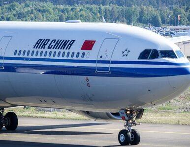 Samolot z Chin wylądował na Okęciu. Rada Ministrów może zawiesić loty?