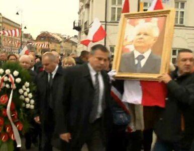 Miesięcznica katastrofy smoleńskiej na ulicach Warszawy