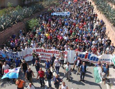 Włochy: 8 tysięcy robotników broni swojej huty