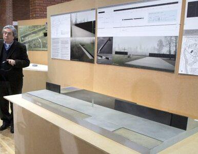 Smoleński gubernator: projekt pomnika przypomina mi tamten dzień