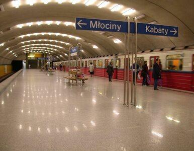 Warszawa: metro znów dotrze do stacji Centrum. Ale wolniej