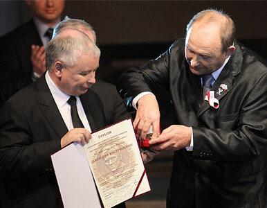 """Kaczyński dostał medal. """"Pokażę go mamie i w pewnym sensie bratu"""""""