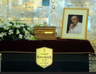 """Pogrzeb Augusta Kowalczyka. """"Nie miałeś łatwego życia, ale może i dobrze"""""""