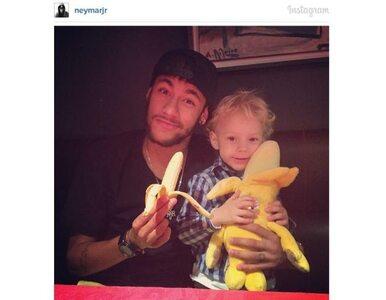 """Neymar wspiera Alvesa. """"Wszyscy jesteśmy małpami"""""""