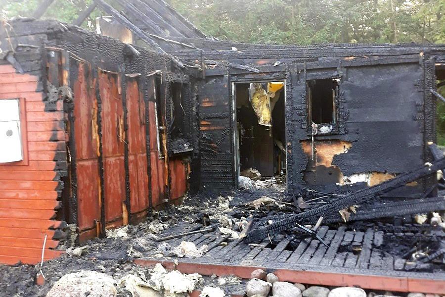 """Tragedia uczestniczki programu """"Nasz nowy dom"""". Pożar zniszczył budynek"""