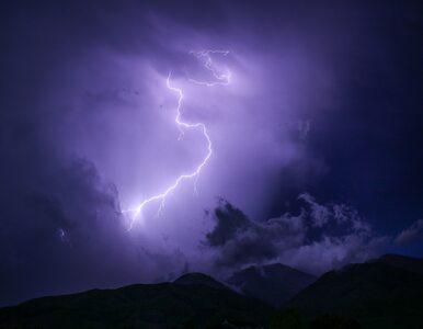 Ekspert PAN: Piorun może uderzyć w ziemię nawet kilka kilometrów od...