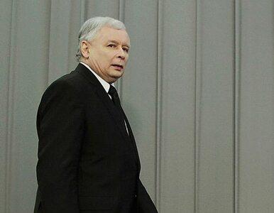 """""""Czy chcemy zrzeczenia się suwerenności?"""". Kaczyński chce referendum"""