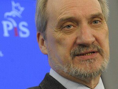 """Macierewicz zaprzecza słowom Rogalskiego o """"pościgu za Biniendą"""""""