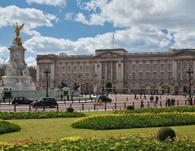 Alarm bombowy w Londynie. Zamknięto aleję przed Pałacem Buckingham
