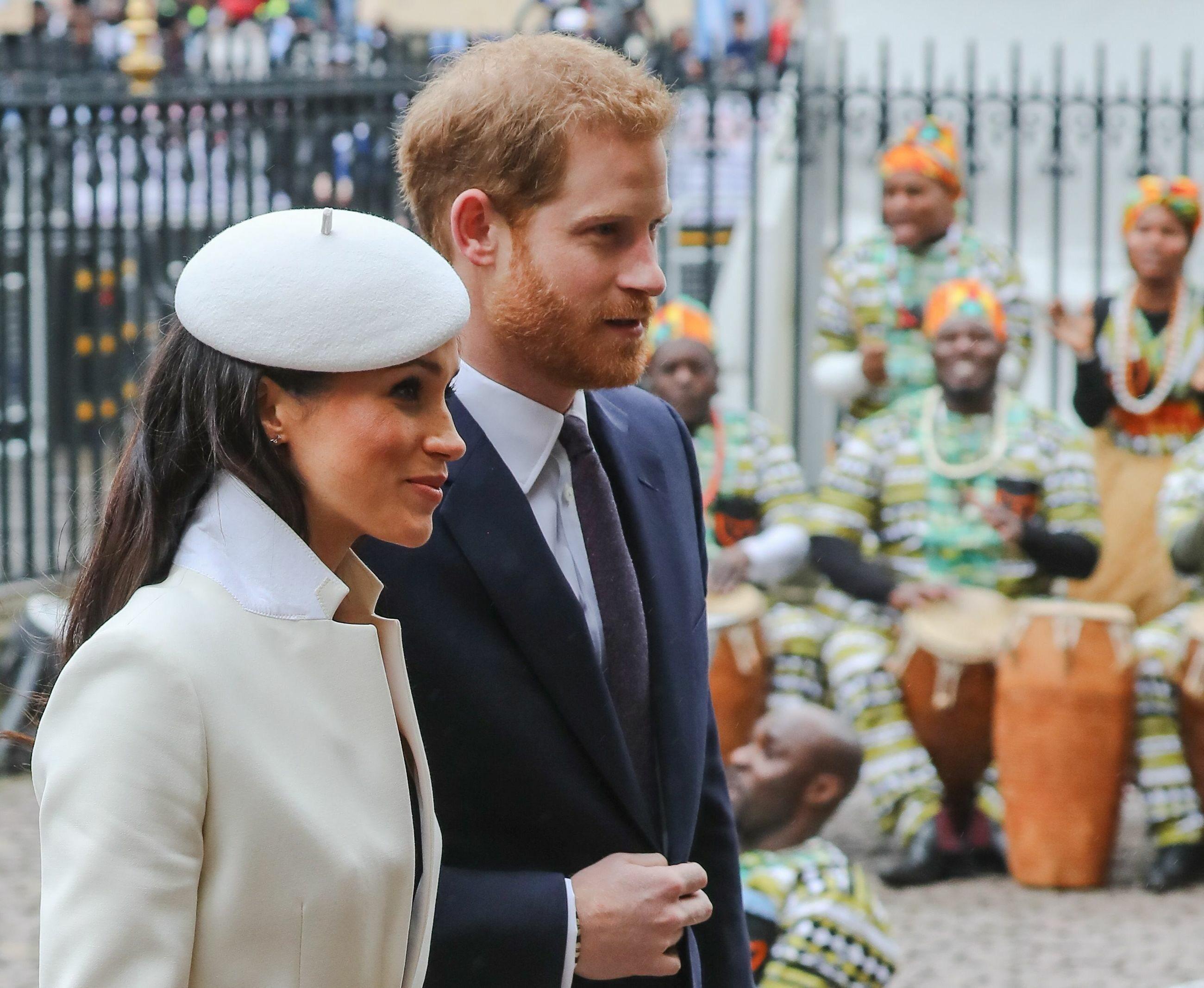 Meghan Markle i książę Harry przed Westminster Abbey