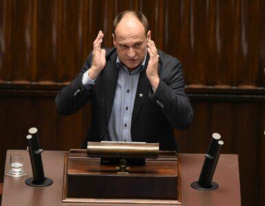 Kukiz: Wniosek o odwołanie szefa MON na 3 dni przed szczytem NATO to zdrada